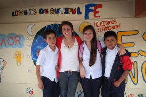Alyssa Dinsmore (center left) in Costa Rica in 2013